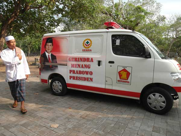 An ambulace advertising Indonesian presidential candidate Prabowo Subianto